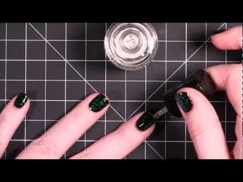 Paglilinis ng nail plate ng halamang-singaw
