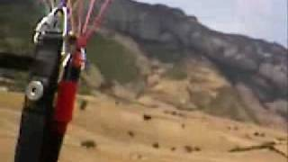 preview picture of video 'Paragliding in Iran'