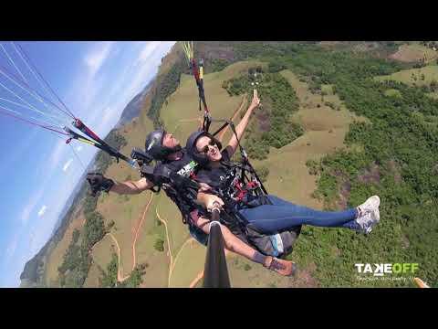 Voo duplo de Parapente em Alfredo Chaves - Flavia Villefort - Equipe TakeOFF Paragliding