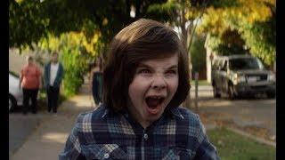 恐怖男孩害死老师,原来他竟是恶魔的化身!7分钟看恐怖片《小恶魔》