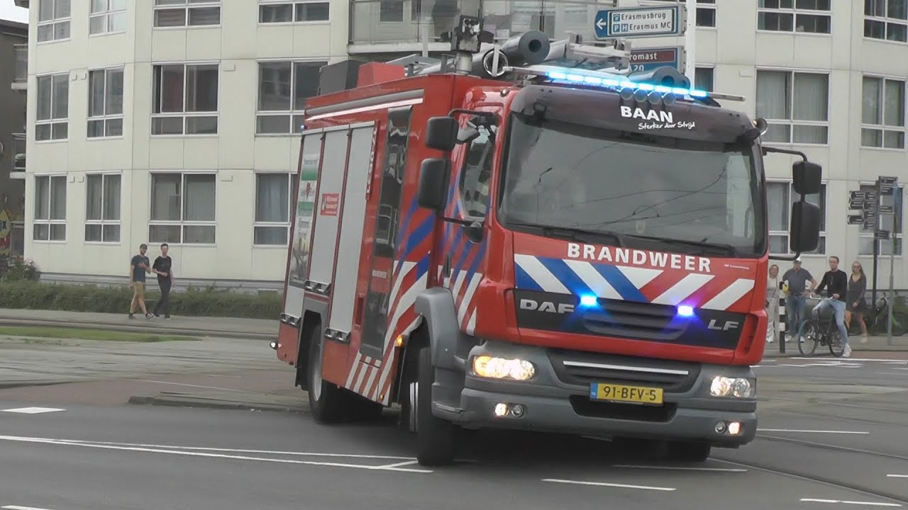 Brandweer en ambulancedienst rukken uit voor uitslaande brand in Rotterdam-Feijenoord!