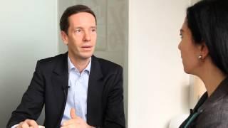 «Gare aux vœux pieux en économie» Video Preview Image