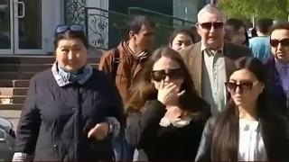 В Казахстане пенсии все меньше и меньше. Чем это вызвано?