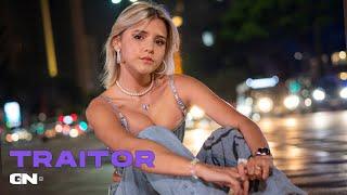 Giulia Nassa - Traitor (Cover) (Lyrics In Portuguese)