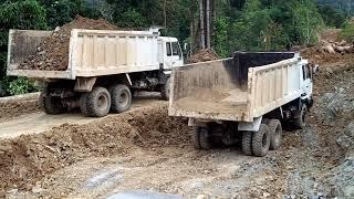 preview picture of video 'Pembangunan  Jln. Pembatasan RI - MLY, Krayan-Kaltara'