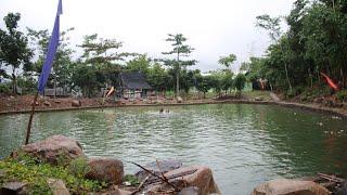preview picture of video 'Pembangunan geopark baru. di kampung liyo. desa Citarik pelabuhanratu'