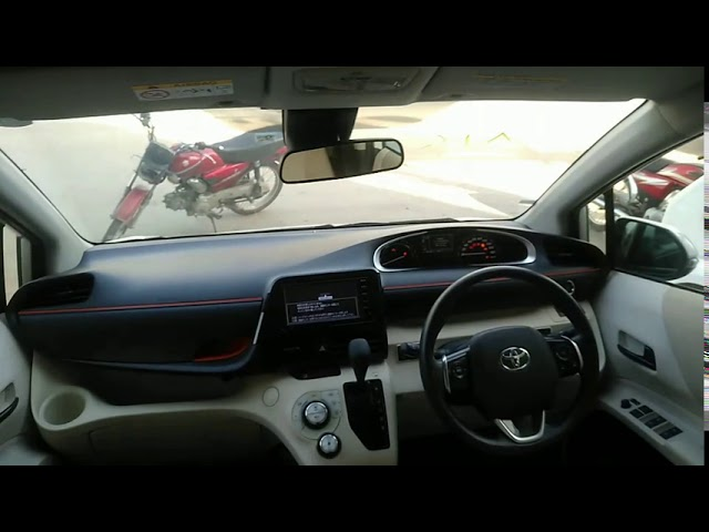 Toyota Sienta G 2015 for Sale in Karachi