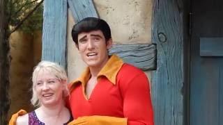 GASTON gives me a Birthday Button! Disney World Magic Kingdom