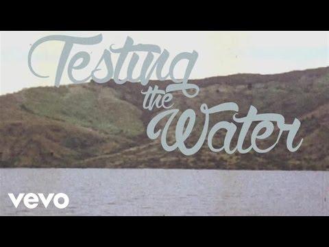 Música Testing The Water