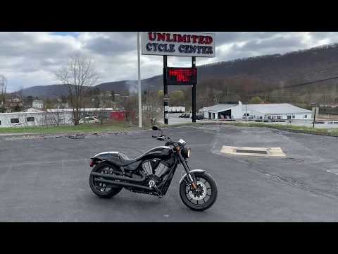 2017 Victory Hammer S in Tyrone, Pennsylvania - Video 1