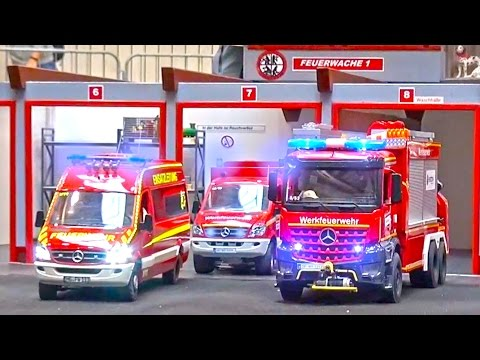RC Fire Fighter´s! RC Fire Rescue And RC Fire Truck Action! Rescue With Loading Crane!
