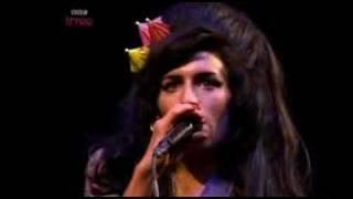 Amy Winehouse - Just Friends @ Glastonbury '08