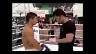Taekwondo x Muay Thai - Nocaute em apenas 03 segundos