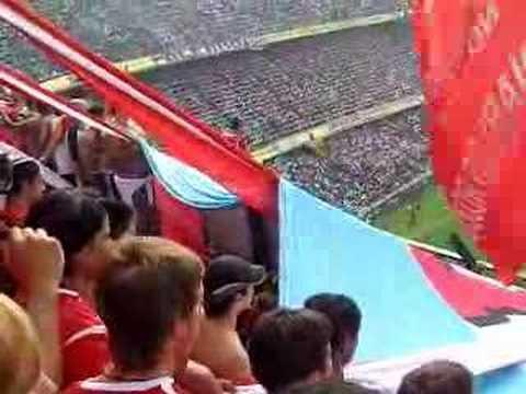 """""""Boca - Rojo. Lo sigo a independiente .."""" Barra: La Barra del Rojo • Club: Independiente • País: Argentina"""