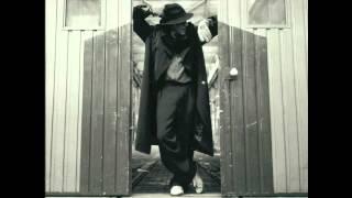 """Video thumbnail of """"Adriano Celentano - Mondo in Mi 7a - Official (Testo in descrizione/Lyrics in the info box)"""""""