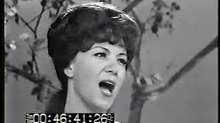 Dottie West - All the World Is Lonely Now