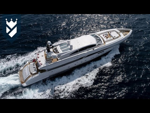The World's Largest Trimaran Superyacht - and MORE NEWS!