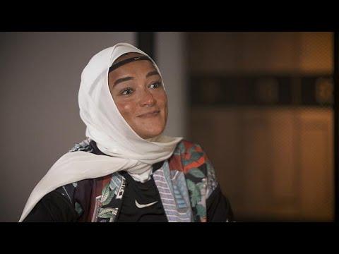 Η Μανάλ Ρόστομ και η σημασία του χιτζάμπ