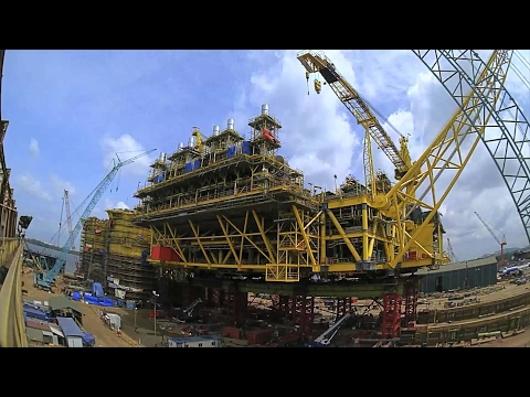 "See how we raised Malikai's 13,800-tonne topsides onto its legs in one of the world's biggest ""superlifts"" (2015)"