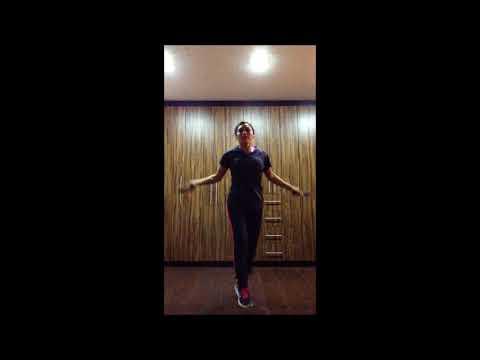 Lo yoga per le lezioni di video comincianti per perdita di peso per scaricare un torrente