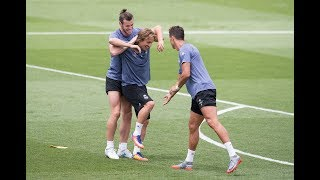 Funny Moments in Training ●  Messi, Neymar, C.Ronaldo, D.Alves, Isco