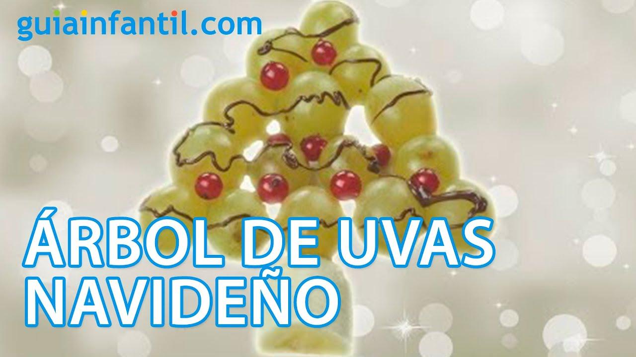 Árbol de Navidad con uvas. Postres de Navidad