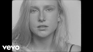 Billie Marten   Peach