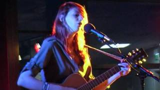 Angus & Julia Stone - Hollywood (live cover at 'Acoustic @The Spa')
