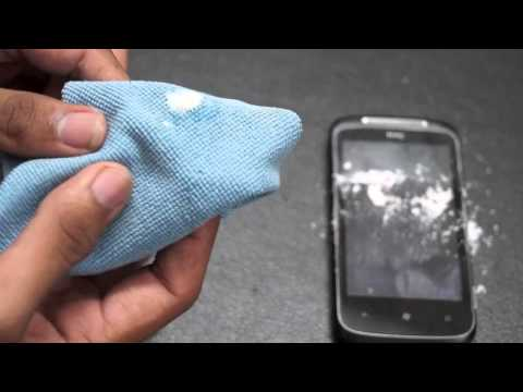 How to Remove Scratches from your Smartphone's Screen