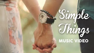 Brooklyn And Bailey – SiMPLE THiNGS