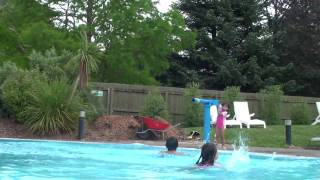 preview picture of video 'Kids pool Hanmer Springs thermal reserve'