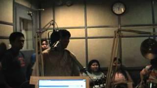 ORANGE AND LEMONS - 01 - She's Leaving Home (Tunog Kalye 2004)