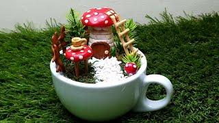 #miniaturegarden #Teacupgarden #fairygardenideas Teacup Garden Idea