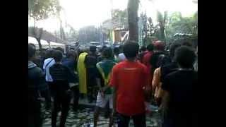 "Tony Q Rastafara - Ngopi Pagi Launching Album ""Membentang Sayap"""
