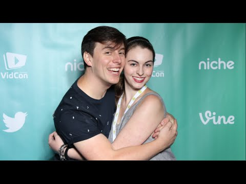 I MET WHO?! | VidCon 2016 (In My Life - Vlog 1)
