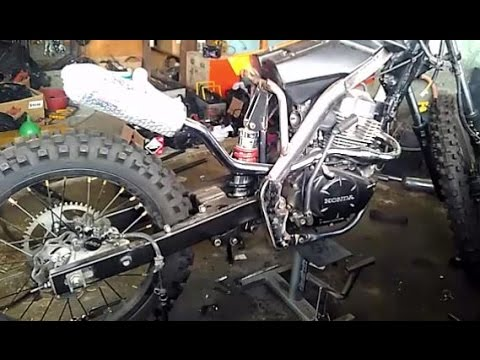 Video Proses Modifikasi Honda MegaPro 2013, Custom Trail Body KTM 250 (Part 1)