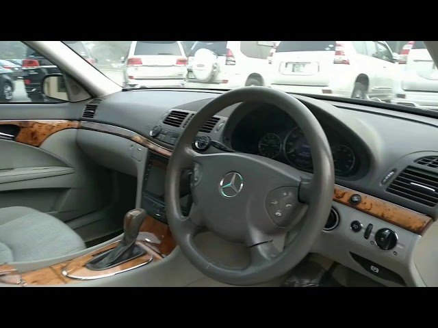 Mercedes Benz E Class E200 2007 for Sale in Lahore