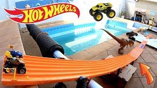 Hot Wheels Monster Jam Corrida Na Espuma EarthShaker - Carrinhos De Brinquedos #71