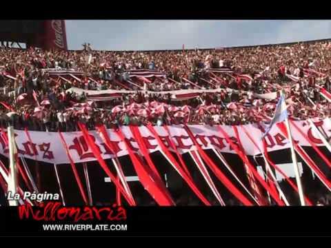 """""""Yo te aliento de la cuna hasta el cajón... Superclásico 2009"""" Barra: Los Borrachos del Tablón • Club: River Plate • País: Argentina"""