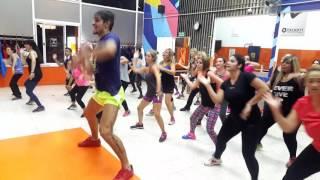 Afrojack - wave your flag ft. Luis Fonsi Coreografia