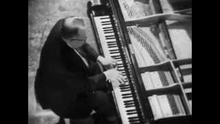 Lev Oborin plays Khachaturian Toccata - video 1967
