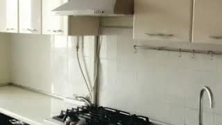 Кухня  фото № 65 фасад постформинг цвет Слоновая кость - темно коричневая. от компании Фаберме - видео 2