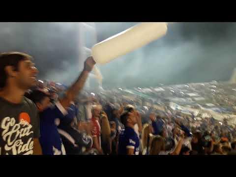 """""""Recibimiento al equipo con el glorioso telon -- Alvarado 0-0 Desamparados (sj)"""" Barra: La Brava • Club: Alvarado"""