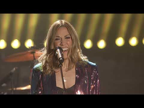 """Sheryl Crow - New Year's Rockin' Eve - """"Tell Me When It's Over"""" / """"All I Wanna Do"""""""