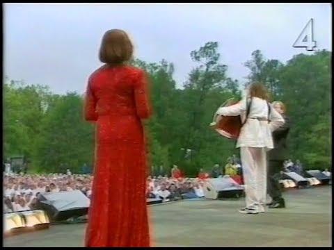 Lill Lindfors & Orsa Spelmän - Medley (Live Silverbröllopsgala Djursholm 2001)