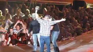 Luke Bryan Country Girl (Shake it for me) 2-7-13 part 2
