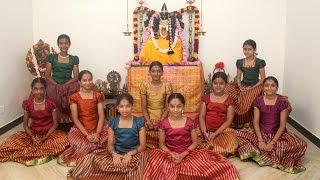 Ayigiri Nandini  Navadurgas singing Mahishasura Marddini Sthothram  Vande Guru Paramparaam