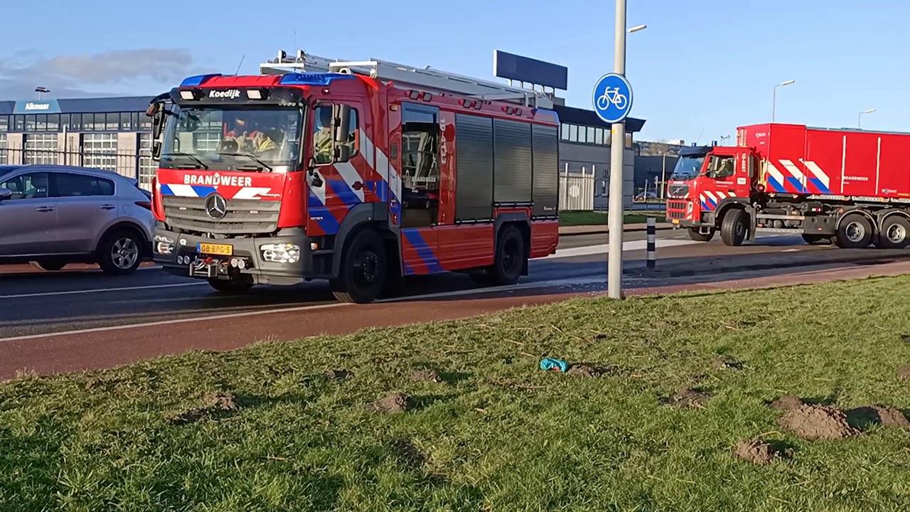 Brandweer met spoed naar Zeer Grote Brand op industrieterrein in Alkmaar