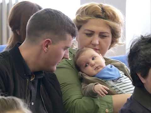 Grad darivao  autosedišta za bebe rođene u protekla 2 meseca