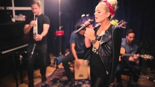 Katy Tiz - The Big Bang [Acoustic Video]